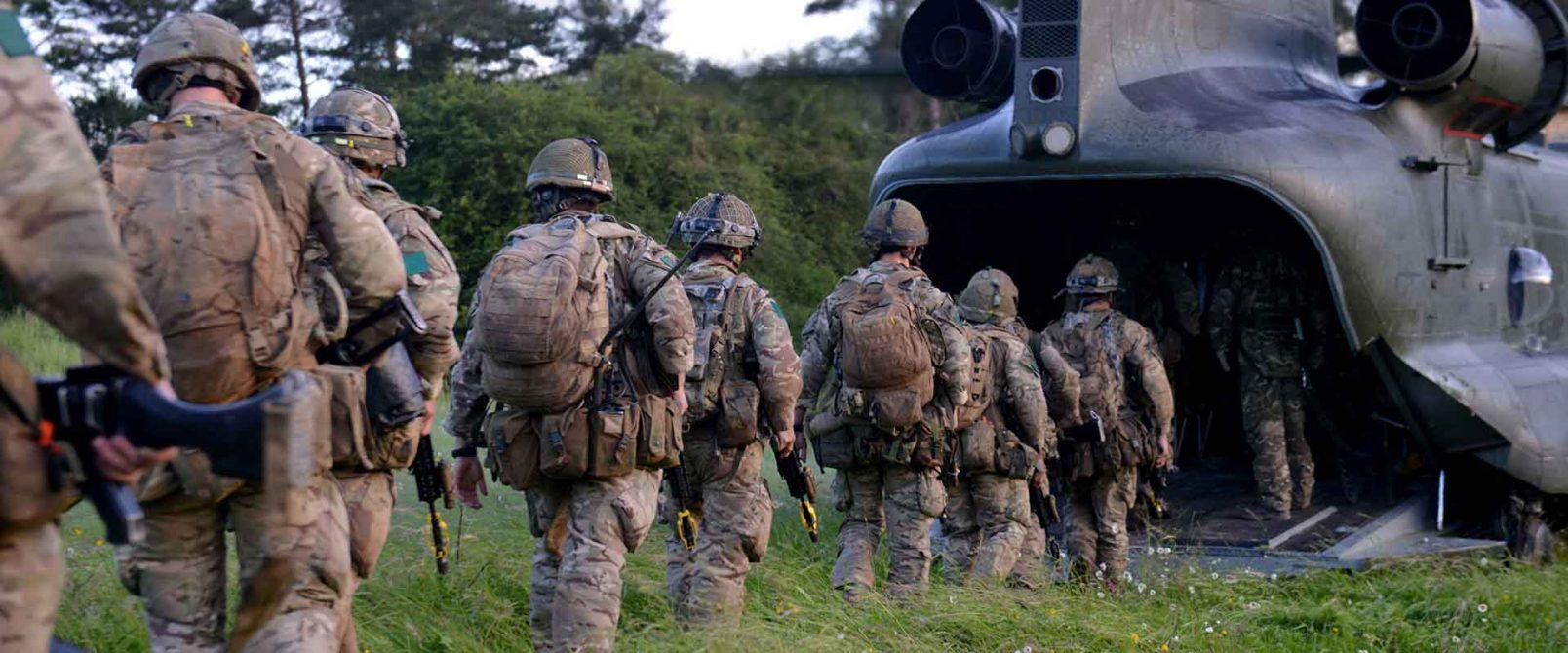A Chinook Helicopter of 18 Squadron prepares to embark troops for a move across the Hohenfels training area.